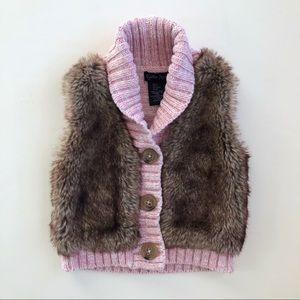 3/$18 CYNTHIA ROWLEY 2T Pink Knit & Faux Fur Vest